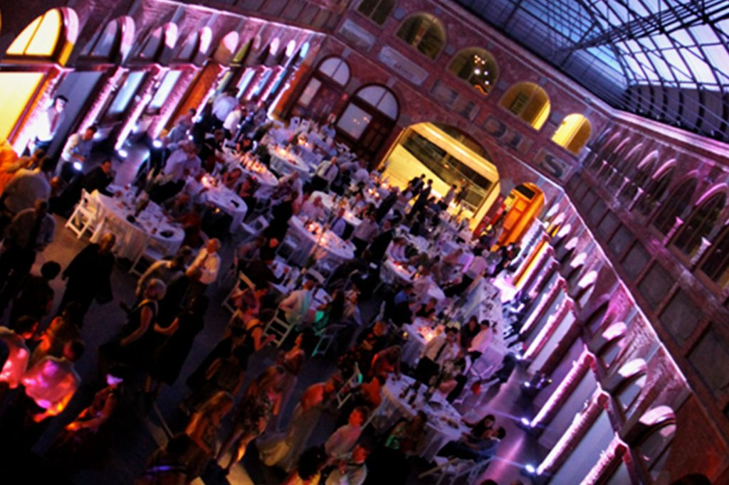 How to choose a great mobile disco company.